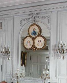 boiserie paneled wall Chateau de Digoine