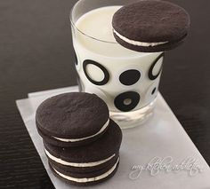 homemade oreos. I'll have to make these and see if they pass my hubby test-he's an expert when it comes to oreos