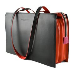 """""""Dwarf"""" office bag by Hester van Eeghen (comes in many colors but I love red) My Wallet, Leather Craft, Leather Bags, Laptop Bag, Beautiful Bags, Gym Bag, Designer Bags, Messenger Bag, Dwarf"""