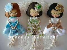 BROCHES NEREUCHI: Brooches dolls
