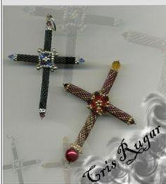 Cruz de peyote de Cris Rugar. Blog: http://cristinarugar.blogspot.com.es/