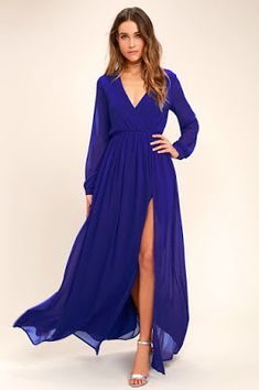 Marvel at the sheer beauty of the Wondrous Water Lilies Royal Blue Maxi Dress! Royal blue chiffon shapes this stunning long-sleeved maxi dress. Bridesmaid Dresses Under 100, Affordable Bridesmaid Dresses, Blue Long Sleeve Dress, Maxi Dress With Sleeves, Dress Long, Sleeve Dresses, Vetement Fashion, Blue Maxi, Blue Gown