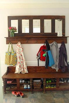 Mudroom bench and coat rack. Tutorial links within the post!