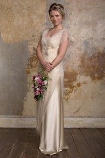 Introducing London based bridal fashion designer Sally Lacock, who creates exquisite, romantic and vintage inspired wedding dresses for the modern bride. Grecian Wedding, 1920s Wedding, Wedding Gowns, Wedding Blog, Wedding Ideas, Wedding Wishes, Wedding Stuff, 1920s Party, Wedding Things