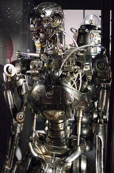 Terminator T800 Endo-Skeleton by madcatxyeg real size