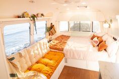 School Bus Tiny House, Bus House, Van Living, Home And Living, Airstream Living, Vanz, Van Home, Bus Life, Remodeled Campers