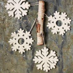 Christmas tree felt snowflakes... simple and classy