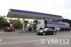 Tankwagen lekt grote hoeveelheid benzine, Overbuurtseweg N209 Bleiswijk | VRR112.nl