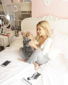 "47.2k Likes, 280 Comments - Gabi DeMartino (@gabi) on Instagram: ""my bestfriend is fuzzy photocreds @kscreven"""