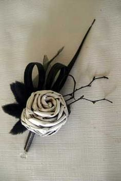 Cute idea to tie in Maori theme with the boys button holes Flax Flowers, Our Wedding, Wedding Ideas, Scrapbook Albums, Buttonholes, Diy Projects To Try, Flower Crafts, Wedding Attire, Wedding Bouquets