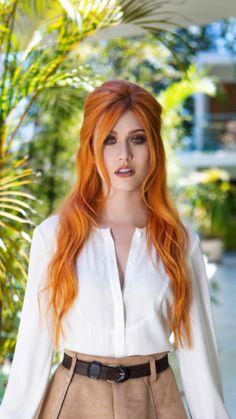 Stunning Redhead, Beautiful Red Hair, Gorgeous Redhead, Bright Red Hair, Red Hair Color, Looks Pinterest, Red Hair Woman, Long Red Hair, Katherine Mcnamara