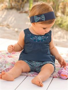 Cheap for newborn, Buy Quality baby outfits newborn directly from China baby outfit Suppliers: 2016 High Quality Original Baby Kids Girls Lovely Shirts Pants Sets Outfits for newborn to 2 Years Baby Girl Tops, My Baby Girl, Baby Girl Newborn, Baby Girls, Infant Girls, Fashion Kids, Little Girl Fashion, Baby Outfits, Summer Girls