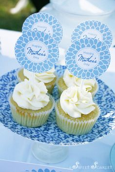 Mother's Day Printable Cupcake Toppers.