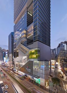 The first LEED Platinum certified commercial project in Hong Kong, Hysan Place sets a new standard in sustainable design while providing a vibrant mix of retail and office space as an urban oasis in the densest of Hong Kong's neighborhoods - architect Mix Use Building, High Building, Building Facade, Building Exterior, Building Design, Futuristic Architecture, Facade Architecture, Sustainable Architecture, Amazing Architecture