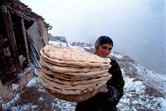 Tajikistan, Zeravshan gorge, November 2002.