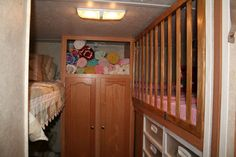 They made a safety barrier to create a safe RV bunk bed crib. This is terrific! Lots of pics.