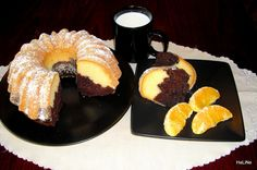 Nejedlé recepty: Bábovka olejová Doughnut, Sweet Recipes, French Toast, Breakfast, Bundt Cakes, Food, Coffee, Morning Coffee, Kaffee