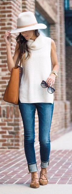Fall outfits for back to school, fall outfits for work, fall outfits for women, fall outfits that look absolutely amazing!