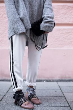 black-palms-streetsyle-fashionblog-miumiu-ballerina-blog-chanel-velvet Adidas my shoes