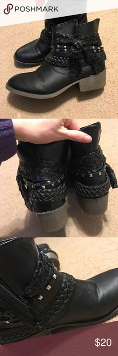 Steve Madden booties Black Steve Madden booties with about a 2 inch heel. I love these but I ordered them from posh and they fit like a 6. I'm a size 5 so they are super big on my foot!! They are totally cute with jeans!! Steve Madden Shoes Ankle Boots & Booties