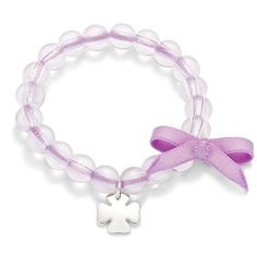 To celebrate an event: create a unique souvenir with an engraved pendant on a pearl bracelet! Many colours of ribbon available #lilou #pendant #pearl #ribbon #bracelet #unique #souvenir #celebrate