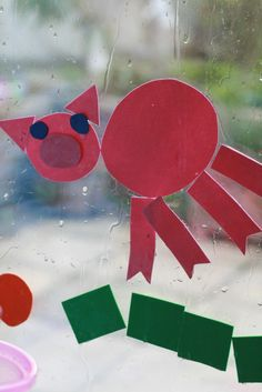 The Imagination Tree: DIY: Foam Picture Fun! Paint window with water and add foam shapes. Art Therapy Activities, Craft Activities For Kids, Preschool Crafts, Toddler Activities, Craft Ideas, Preschool Ideas, Diy Ideas, Pig Crafts, Foam Crafts