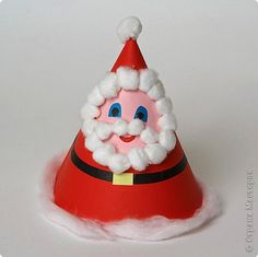 Télapó :: Óvoda Christmas Ornaments, Holiday Decor, Home Decor, Father Christmas, Bricolage Noel, Decoration Home, Room Decor, Christmas Jewelry, Christmas Baubles