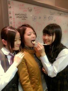 乃木坂46 (nogizaka46)  Hoshino Minami (星野 みなみ) Iwase Yumiko Ito Marika (伊藤 万理華)