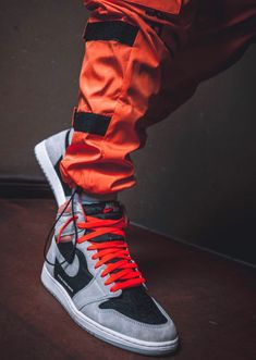 "Air Jordan 1 Retro High OG ""Total Crimson"" Sneakers Nike Jordan, Jordan Shoes, Jordan 1, Best Sneakers, Sneakers Fashion, Shoes Sneakers, Jordans For Men, Air Jordans, Fresh Shoes"