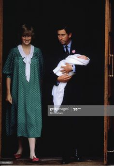 Foto di attualità : Prince Charles, Prince of Wales and Diana,... Princess Diana Dresses, Princess Diana Pictures, Princess Diana Family, Real Princess, Prinz Charles, Charles And Diana, Lady Diana Spencer, British Monarchy, Prince Of Wales
