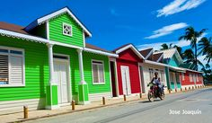 Pueblo de los Pescadores (Das Fischer Dorf) bei Las Terrenas, in der Dominikanischen Republik! Man bekennt Farbe!