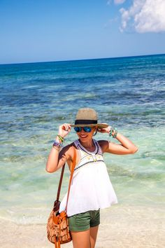 11 Summer Fashion Tips That Will Never Go Out of Style, Beach Outfits, 21 Cute Beach Outfits for Your Summer Outfit Inspiration. Cute Beach Outfits, Beach Vacation Outfits, Beach Vacations, Outfit Beach, Summer Fashion Outfits, Womens Fashion For Work, Fashion Tips, Fashion Fall, Fashion Boots