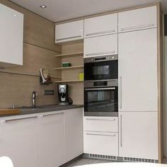 Modular Kitchen Accessories and Appliances For Indian Kitchen. Modular Kitchen Accessories and Appli Kitchen Room Design, Kitchen Corner, Kitchen Layout, Home Decor Kitchen, Interior Design Kitchen, Kitchen Furniture, Home Kitchens, Kitchen Cupboard Designs, Kitchen Ideas