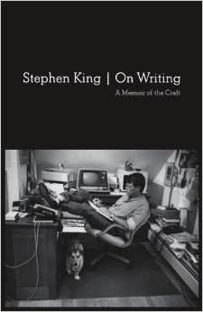 As an aspiring writer, On Writing by Stephen King was a life changer for me. Definitely one of the best books I've ever read and highly recommended! Stephen King It, Good Books, Books To Read, My Books, Writing A Book, Writing Tips, Creative Writing, Writing Prompts, Start Writing