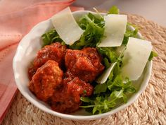 Meatball Salad Recipe | Giada De Laurentiis | Food Network Beef Dishes, Pasta Dishes, Food Dishes, Main Dishes, Side Dishes, Meatball Recipes, Meat Recipes, Salad Recipes, Cooking Recipes