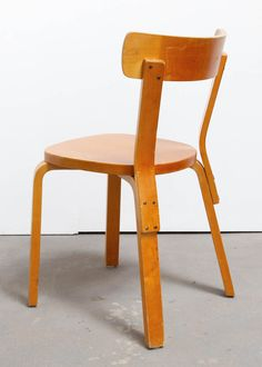 Set of 6 Side Chairs by Alvar Aalto - Alexis Vanhove | Brussels