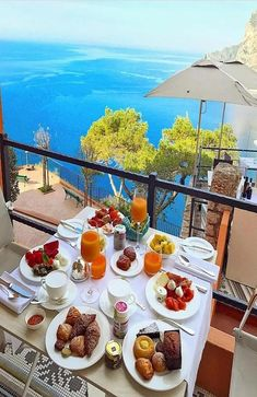 Breakfast goals in will be you this summer? For info on places to stay see bio or DM us! Tag a travel buddies in comments! Breakfast Around The World, The Breakfast Club, Breakfast Ideas, Wine Recipes, Food Network Recipes, Romantic Breakfast, Tasting Table, Breakfast Of Champions, Expensive Taste