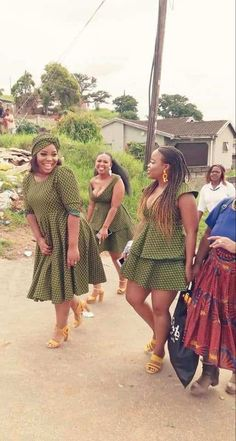 AfricanTraditional Shweshwe Outfits 2019 • stylish f9 African Attire, African Dress, Shweshwe Dresses, Ankara Dress Styles, Plus Size Outfits, Fashion Dresses, Bohemian, African Prints, Clothes For Women