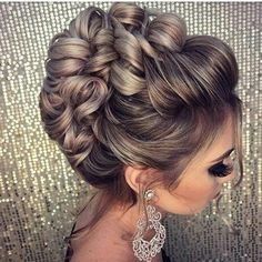 Cibele Publio Hair Inspo, Hair Inspiration, Hair And Nails, Black Wedding Hairstyles, Elegant Hairstyles, Formal Hairstyles, Bride Hairstyles, Fast Hairstyles, Homecoming Hairstyles