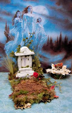 Dollhouse Miniature Halloween Haunted House by 19thDayMiniatures