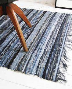 Repurposed Jeans: Recycled Denim Rug