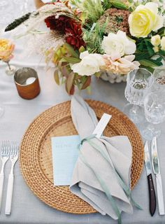 ignore the floral & charger...love the grey napkin with the seagreen ribbon...and the texture in the table cloth