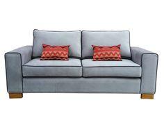 Nuestro sofá Gabro es un diseño de 2 cuerpos ideal para ser parte de tu hogar, el color gris claro con sus marcos en negro logran destacarlo en tu diseño interior. Sus patas de madera torneada y barnizada estructuran el sofá a la perfección, además de brindarle un equilibrio al diseño. Precio OFERTA: $269.990 *Valor no incluye envío* Love Seat, Couch, Furniture, Home Decor, Gray Fabric, Goal Body, Houses, Grey Colors, Frames