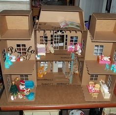 All Things Crafty: Homemade Holiday Dollhouse