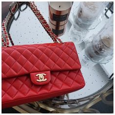 Chanel Handbags, Designer Handbags, Designer Bags, Everything Designer, Bag Accessories, Brooke Davis, Shoulder Bag, Purses, Luxury