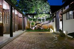 Chinese Style Courtyard