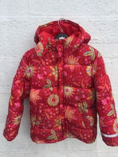 #Girls #winter ski jacket 8-9 #years,  View more on the LINK: 	http://www.zeppy.io/product/gb/2/231932361780/