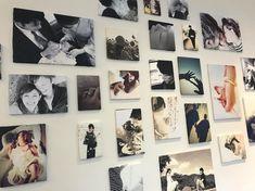 """はなよめさん on Instagram: """". . #ウェルカムスペース ③ . 壁にたくさんの写真を貼りたくて、ポスターにするか額に入れるか..と悩んでいた時に、素敵な卒花様の写真パネルのアイデアに出会い真似させていただきました♡ . コスパ最強の写真パネル♡ 壁一面がめちゃくちゃ可愛くなって、本当にやってよかった!…"""" Wedding Photo Gallery, Wedding Designs, Our Wedding, Photo Wall, Display, Frame, Instagram, Inspiration, Home Decor"""
