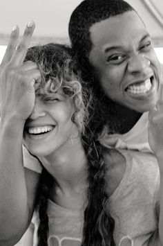 Jay-Z & Beyonce looking genuinely happy & in love. Beyonce Knowles Carter, Beyonce And Jay Z, Black Couples Goals, Cute Couples, Power Couples, Cute Relationships, Relationship Goals, Couple Noir, Carter Family