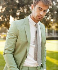 Pastels don't frighten this Adonis. | Theo James May Actually Be A Mythological God
